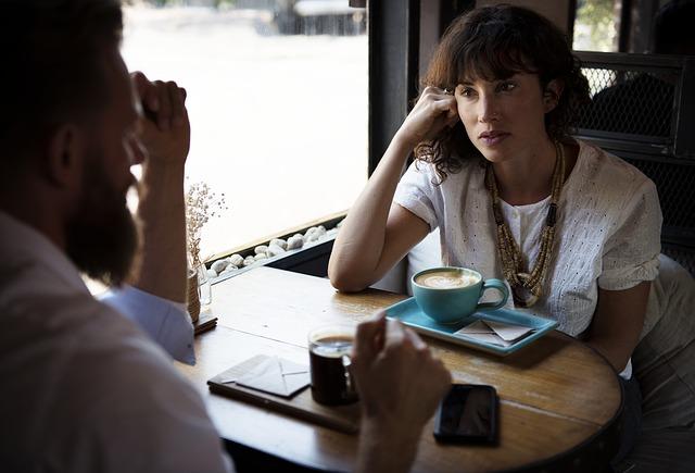 Cosa è l'ascolto attivo e come ascoltare attivamente